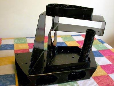 Аквариумный грот из пластика чёрного цвета